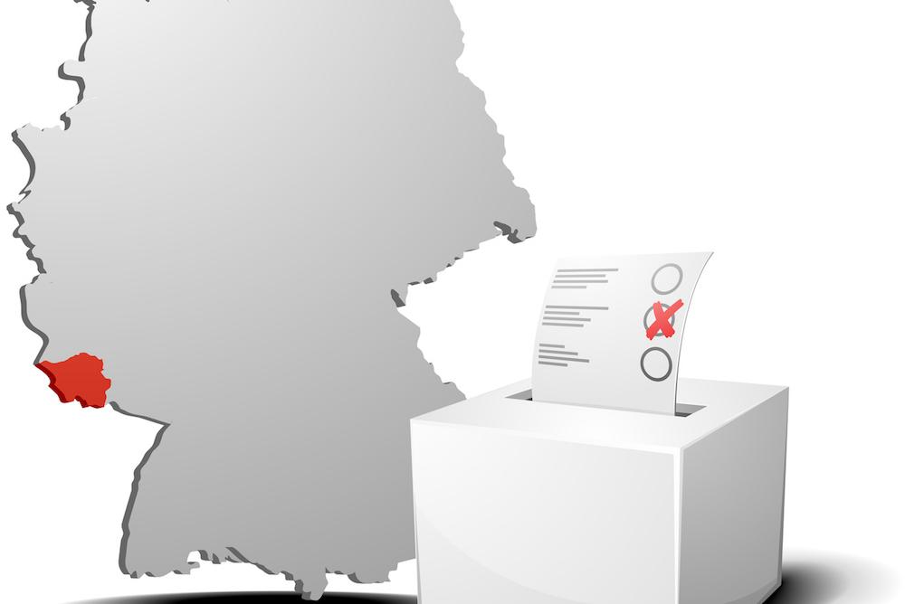 Landkarte mit rot markiertem Saarland und einer Wahlbox
